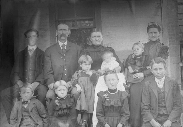 Farm Family And Home Warren Ohio